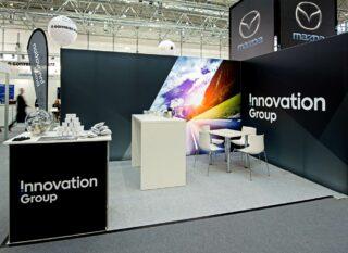 Innovation Group AG Flotte - Der Branchentreff 2017, MODULUX Eckstand mit LED Hinterleuchtung, Standfläche: 5 x 4 m, Höhe: 2,5 m