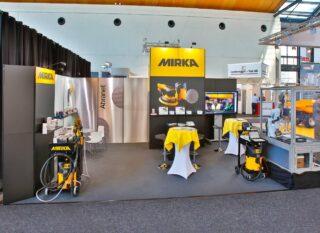 Mirka Schleifmittel GmbH, PaintExpo 2016, Clip Modular Eckstand , Standfläche: ca. 7 x 5 m, Höhe: ca. 2,5 / 3,5 m, Grafiken in gebürsteter Edelstahl-Optik (gedruckt auf Aluminium-Dibond)