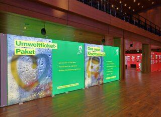 Stadtverwaltung Reutlingen, Mobilitätstage 2019, mobiler Messestand ca. 8 x 6 m, PIXLIP GO Leuchtwände