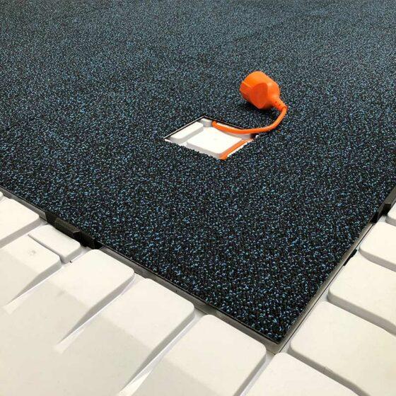 messeboden doppelt stand on boden fliese mit teppich und kabel